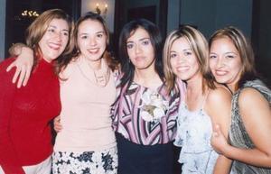 Mayela Talamantes , Marcia Campos, LAaura Garay y Rocío Montañez acompañaron a Adriana García Velázquez, en su despedida de soltera.