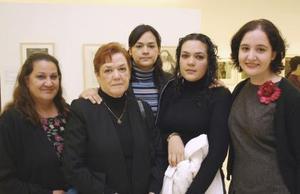Paty Hernández, Rosa Velia Valero, Laura Valero, Laura Hernández y Rosy de Valero.
