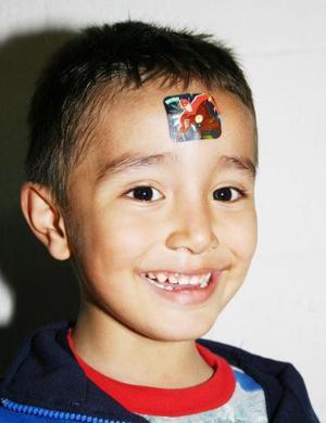 Osvaldo Alejandro Espinoza Soriano fue fetejado por su cumpleaños.