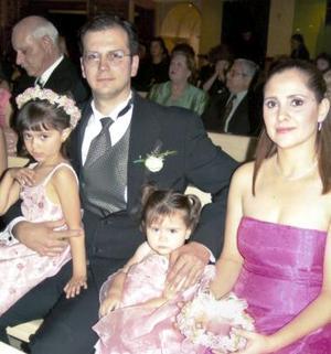 Felipe de Alba, Margarita Carreón de De Alba y las niñas Margarita y Viviana de Alba