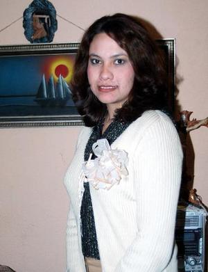 <b>12 de diciembre de 2004</b><p> Carolina Marrufo Bañuelos el día de su despedida de soltera.
