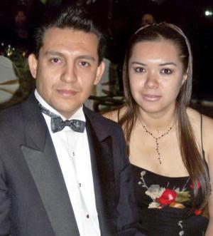 Cuauthémoc Rangel Gutiérrez e Isabel Martínez de Rangel.