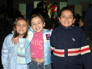 Ana Karen Arellano, Paulina Leite y Arheli Guitierrez.