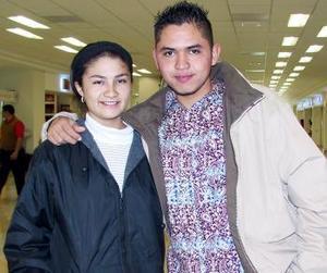 Julio César Cárdenas y María del Rosario Astorga viajaron a Los Ángeles.