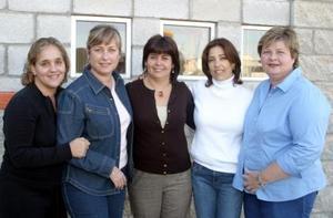 Ana Luisa Cepeda, Yola Murra, Laura Fernández, Bárbara Cepeda y Ana de Garza.