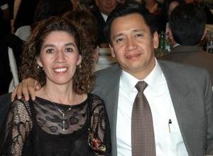 Martín Adame y Silvia Torres de Adame