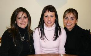 Gracia Landázuri, Liliana Flores y Gaby González
