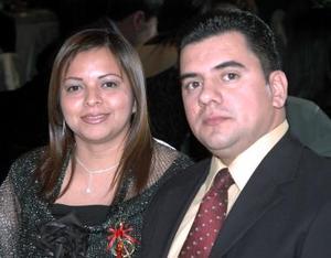 <b>15 de diciembre de 2004</b><p>   Eduardo Rodríguez y Patricia Ramos de Rodríguez