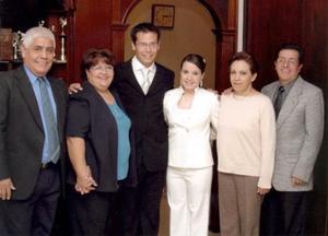 Mónica Vázqiez Hernández acompañada por sus primas María José, María Fernanda, Georgina, María y otra amiga.