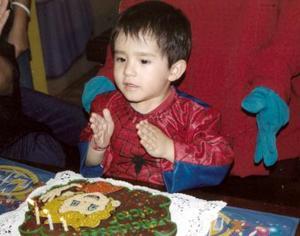 El pequeño Víctor Albarrán Sánchez captado en la fiesta infantil de su cumpleaños.