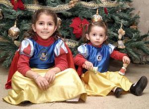 Sofía y Luisa García Saucedo cumplieron cinco y un año de vida, respectivamente y lo celebraron con una divertida piñata.