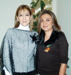 Alejandra Fernández de Sicairos y Perla E. de Sánchez, en reciente convivio