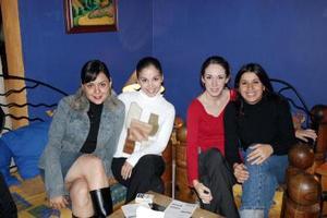 Bere Valenzuela, Ale Domínguez, Sandra Cardiel y Valeria de Delaloy .