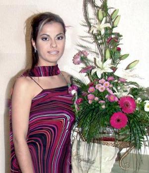 <b>17 de diciembre de 2004</b><p> Lucero Sotelo Loza captada en su fiesta de despedida de soltera.
