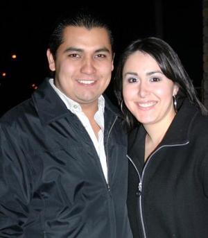 Carlos García y Elisa Esparza.