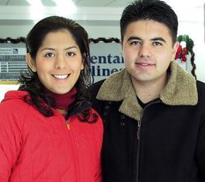 <b>17 de diciembre de 2004</b> <p> Javier Ceballos viajó al DF y fue despedido por Marisela Pámanes