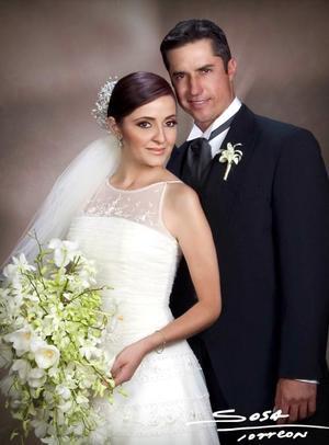 Sr Eduardo Avila García y Srita Alina Yeln Chiu Chávez contrajeron matrimonio el sábado 23 de octubre de 2004