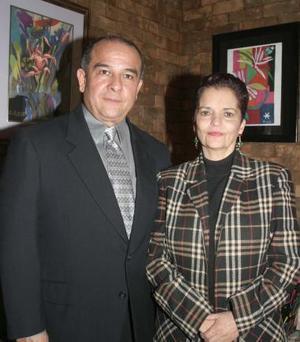 Ricardo Cisneros y Cecy de Cisneros.