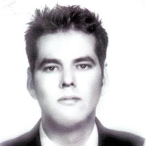 Carlos Javier Castañón Cuadros, autor  del libro Las Dos Repúblicas que se refiere a la migración de los chinos a Torreón.