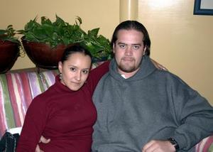 Alba Acosta y David Chapoy.
