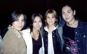 Karol, Cristina Hernández, Dely Gallegos y Mimi Llamas.