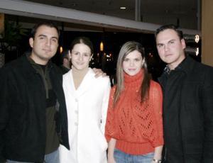 Arturo Ortiz, Karina de Ortiz, Dora de García y Enrique García