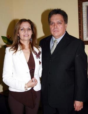 Rosa María Martínez y Gerardo Márquez