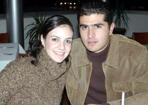 Paulina Macías y Luis Mario Necochea.