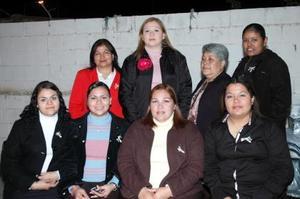 Con motivo de su próxima boda, Karina Esmeralda González Mesta recibió múltiples felicitaciones de sus familiares y amigas