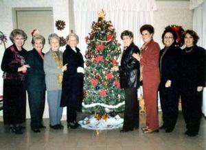 Güera de Jiménez, Isabel de Teele, Elena de Luengo, Carmen de Díaz Flores, Pilat de Teja, Lilia de Aguilar, Elena de González y María Elena de Fernández