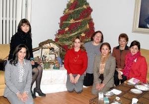 D-Muñeca de Tueme, Esthela de Salmón, Ana de Campos, María del Pilar de Medrano, María Luisa de Olivares, Alejandra de Aias y Nena de Cid