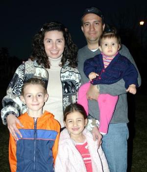 D-Familia Gálvez González en pasado acontecimiento