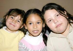 Adriana Monserrat Pérez, Scarlett Magallanes y Tania Magallanes.