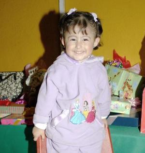 La niña Jannette cumplió cuatro años de vida, es hijia de Jesús García y Jannette de García.