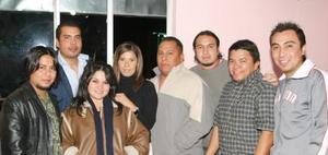 Lucero, Patricia, José Manuel, Luis, Gerardo, Enrique, Arturo  y Ricardo