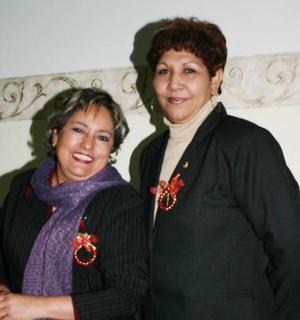<b>25 de diciembre de 2004</b> <p> Silvia Patricia Parada y María del Carmen Falcón.