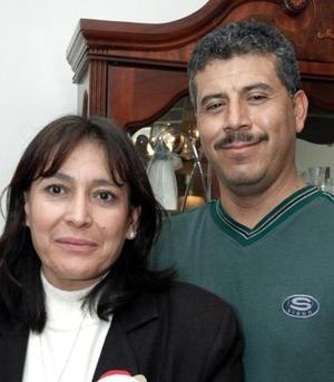 <b>26 de diciembre de 2004</b> <p> Nicolás y Yola Ortega.