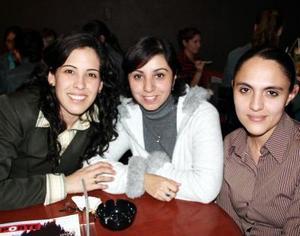 Bety Escobedo, Liz Rico y Lucero Vázquez.