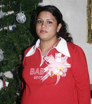 <b>25 de diciembre de 2004</b> <p> Leonor Margarita Parra el día de su fiesta de canastilla.
