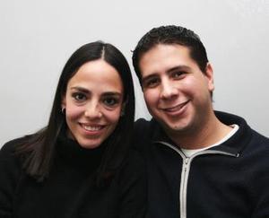 Adriana Ortega y Poncho López.