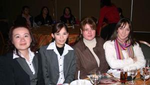 Tere Herrera, Gabriela Treviño, Rina y Laura Bernal.