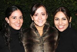 Lorena López, Iradia Anaya y Vanessa Flores.