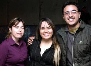Verónica, Cristina y Luis.