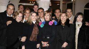 Ricardo Borrego Seco acompañado por su familia, en la fiesta de bienvenida que le ofrecieron.