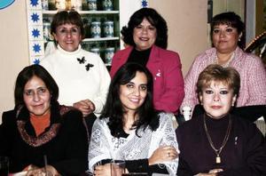 <b>29 de diciembre de 2004</b> Grupo de los Martes en su posada decembrina, Teddy Castro, Laura Flores, Lucy Romo, Sara Váles, Coco Adame y Lupita Herrera..