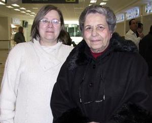 Margarita y Beatriz Villarreal viajaron a la Ciudad de México.