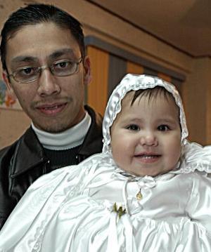<b>01 de enero de 2005</b> <p> Rafael Rodríguez Sañudo con su hijita Ana Cristina Rodríguez Cháirez.