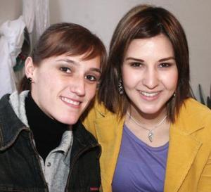 Cristina Sanchesz y Any Godina de Mexsen.