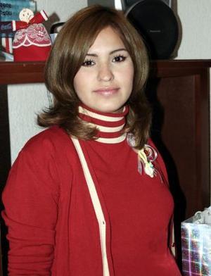 <b>02 de Enero de 2005</b> <p> Nancy Halley Rodríguez de Salazar disfrutó de un ameno convivio por la llegada de su bebé