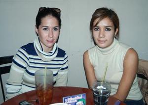 Giovana Carrillo y  Mariana Sánchez.